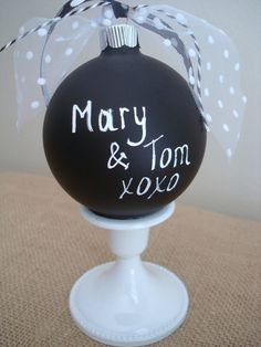 Chalkboard Christmas Ornament ...would be so easy to make.  Endless possibilities using colored chalk....how fun!