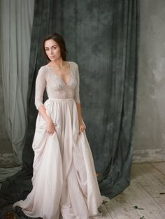 Non-corset A-line silhouette lavender wedding dress with a lace bodice / http://www.deerpearlflowers.com/unique-sophisticated-wedding-dresses-from-cathy-telle/