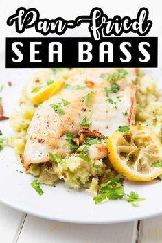 Easy Weekday Meals, Easy One Pot Meals, Best Seafood Recipes, Gourmet Recipes, Tzatziki Recipes, Salads To Go, Lemon Butter Sauce, Salmon Dishes, Sea Bass