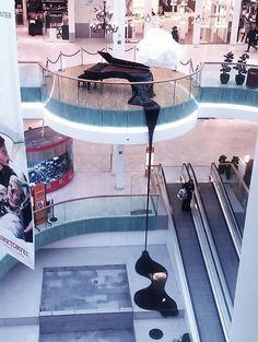 Fisketorvet Mall, Copenhagen by Maxdi Salman — em Dinamarca. Shoe Store Design, Mall Design, Retail Design, Shoping Mall, Shopping Mall Interior, Museum Plan, Open Ceiling, Shop Interiors, Atrium