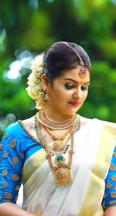 Kerala Engagement Dress, Engagement Dresses, Kerala Bride, Hindu Bride, Indian Bridal Fashion, Indian Wedding Jewelry, Bridal Jewellery, Best Party Dresses, Dress Party