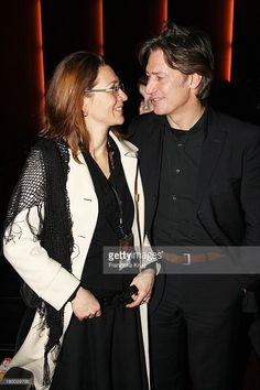 Tobias Moretti Mit Ehefrau Julia Bei Der 1 1/2 Ritter Premiere In Berlin.