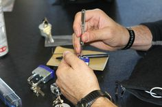 Learning lock picking to be a locksmith? Click this image to send us an inquiry.