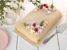 Fika, Butter Dish, Vanilla Cake, Birthdays, Dishes, Baking, Desserts, Cake Stuff, Cake