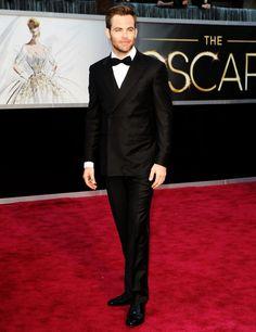 Chris Pine on the Red Carpet 2013 Oscars