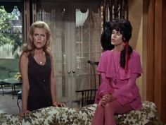 Samantha Stevens Bewitched Fashion | Elizabeth Montgomery as Serena Bewitched