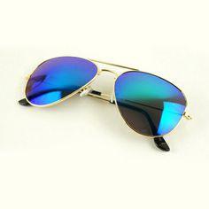 Mirrored Aviators, Mirrored Sunglasses, Metal Mirror, Sunglass Frames, 80's Sunglasses, Eyewear, Lens, Design Inspiration, Ladies Wear
