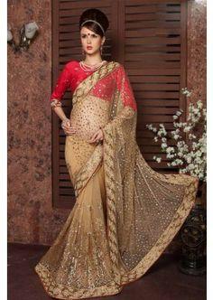 couleur beige pallu & jupe net avec le travail de embroidrey lourd avec saree intérieure, - 316,00 €, #Saripascher #Robeindien #Robepakistanaise #Shopkund