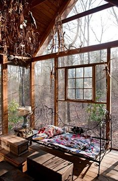 Sleeping under the stars....  at a folk artist's retreat in Alabama
