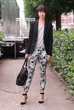 how to wear black pants with white spots