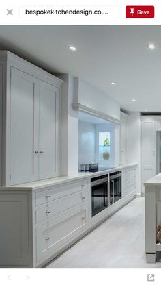 I think that this kitchen nails the 'having nothing on show' due to the alignment of the cooker and base units versus the recessed top units. Kitchen Diner Extension, Open Plan Kitchen, Diy Kitchen Decor, Interior Design Kitchen, Kitchen Styling, Kitchen Living, New Kitchen, Layout Design, Shaker Kitchen