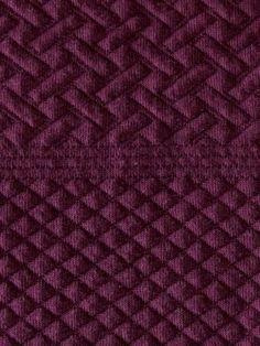 Tissu Jersey Matelassé Prune Motif Graphiques en vente sur TheSweetMercerie.com http://www.thesweetmercerie.com/tissu-jersey-matelasse-prune-motif-graphiques,fr,4,TJPE279538.cfm