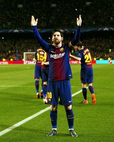 LIONEL MESSI, FC BARCELONA 3-0 CHELSEA Best Football Players, Soccer Players, Messi Goals, Soccer Backgrounds, Lional Messi, Messi Photos, Famous Sports, Thing 1, Fc Barcelona