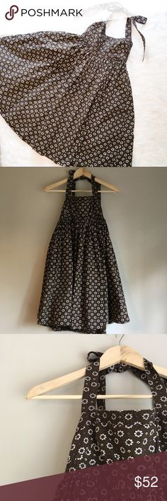 J.Crew Printed-Cotton Taffeta Halter Dress J.Crew printed cotton taffeta halter dress. Size 0. GUC. Has some wear. The hood loop is missing on the top of zipper. Please see picture. 100% cotton. ❌No trades ❌ Modeling ❌No PayPal or off Posh transactions ❤️ I 💕Bundles ❤️Reasonable Offers PLEASE ❤️ Bundle & SAVE❗️❗️ J. Crew Dresses Mini