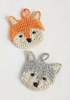 crocheted wash cloths! Their functional faces - in fox and wolf styles