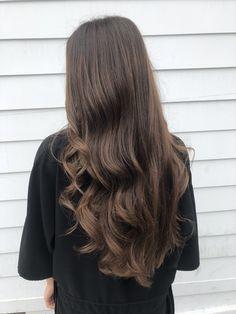 Pinterest: SueThoughts Brown Hair Balayage, Brown Blonde Hair, Light Brown Hair, Brunette Hair, Hair Highlights, Dark Hair, Cool Tone Brown Hair, Mode Poster, Medium Hair Styles