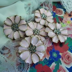 Fancy Buttons, Vintage Buttons, Vintage Brooches, Vintage Jewelry, Large Flowers, Pink Flowers, Small Paper Bags, Pink Petals, Pink Plastic