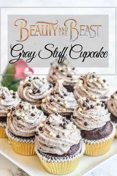 Beauty and The Beast Gray Stuff Cupcake - Pink Cake Plate Disney Desserts, Disney Cupcakes, Disney Cakes Easy, Disney Food Recipes, Disney Drinks, Cupcake Rosa, Cupcake Cakes, Cupcake Recipes, Dessert Recipes