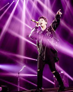 Listen to every One OK Rock track @ Iomoio One Ok Rock, Takahiro Morita, Takahiro Moriuchi, Laser Show, Band Wallpapers, Japanese Boy, Heavy Metal Bands, Pop Rocks, My Chemical Romance