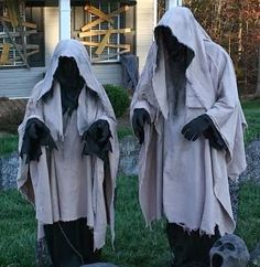 These are creepy..:/ Halloween Decorating ideas