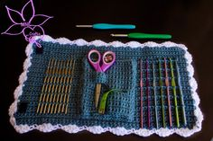 MNE Crafts: Random Pattern Find - Crochet Hook Case, Could adapt this for knitting needles