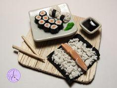 Un nuovo tutorial ogni mercoledì: iscriviti! https://www.youtube.com/user/Sephila87 Realizziamo 2 piatti della cucina giapponese davvero famosi: gli hosomaki...