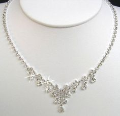 4. Sparkly Necklace - 7 Best Necklaces For Your Wedding ... | All Women Stalk