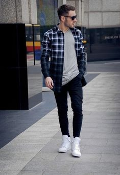 Casual Flannel Outfits for Handsome Men's Gentleman Mode, Gentleman Style, Stylish Men, Men Casual, Mens Casual Shirts, Sport Outfit, Look Man, Mens Flannel Shirt, Shirt Men
