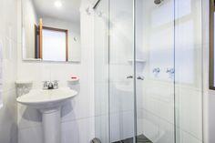 Bathroom in Hotel Portofino Bogota