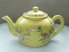 Japanese Yellow Porcelain Teapot