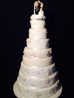 White wedding cake 1 meter high