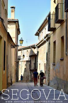 Itinerario sugerido para descubrir Segovia y cómo llegar desde Madrid. #madrid #segovia #españa #quever Madrid, Spain, Castle, Travel, Tapestry Weaving, Elopements, Demons, Paths, Trips