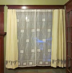 Living Room Curtains Purchased Lace Underneath I Made The Top From Linen Craftsman Curtainscraftsman Rugscraftsman Decorcraftsman