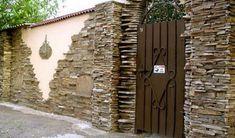 Idei de garduri ieftine potrivite pentru orice curte Firewood, Orice, Woodburning, Wood Fuel