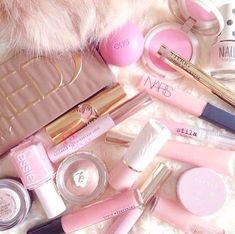 Que debe tener un un Kit de Maquillaje básico, maquillaje basico, ideas para un kit de maquillaje basico, colores de labiales, brochas de maquillaje, lista de maquillaje, kit de maquillaje economico, la mejor marca de maquillaje, el mejor maquillaje del mundo, maquillaje 2018, que debe tener kit de maquillaje, the best makeup in the world #makeupartdeco #makeup #mac