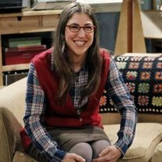 Amy Farrah Fowler of The Big Bang Theory. Played by Mayim Bialik.