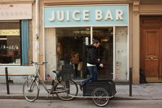 Bob's Juice Bar (11th arr)