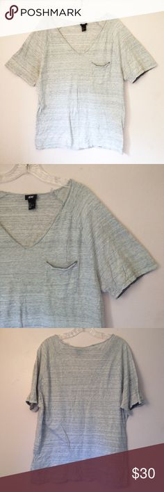 🐨 H&M Casual V-Neck Tee (L) In excellent pre-owned condition. V-neck, pocket on left breast. 100% Cotton. Measurements available upon request. Comes from a clean, smoke-free home.   Please ask any questions before purchasing. OFFERS ARE WELCOME. Thanks for visiting! H&M Tops Tees - Short Sleeve