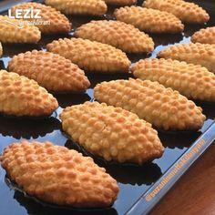 Legendary Kalburabastı Dessert – Mein köstliches Essen - My CMS Strawberry Desserts, Köstliche Desserts, Delicious Desserts, Dessert Recipes, Yummy Food, Dessert Food, Lazy Cake Cookies, No Bake Oreo Cheesecake, Arabic Dessert