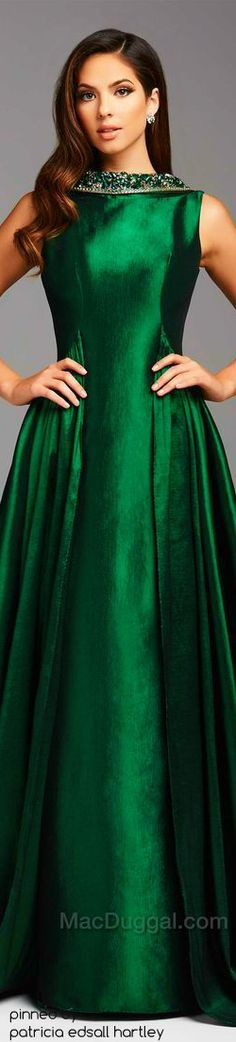 Mac Duggal designer dresses have turned heads for 30 years. Discover why his prom dresses, ball gowns, evening wear, and pageant dresses are so desirable. Lady, Green Gown, Green Silk, Green Fashion, Beautiful Gowns, Pretty Dresses, Evening Dresses, Party Dress, Fashion Dresses