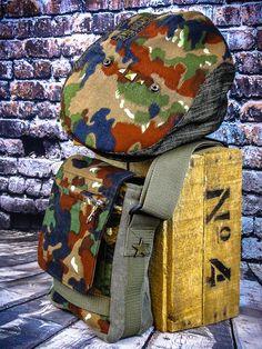 0d7622ff5aa98 Kleine originelle Crossbodytasche mit Denim im Camouflage look -  handgemacht für Männer und für Frauen