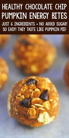Healthy Pumpkin Chocolate Chip Energy Bites – a healthy snack version of the cookies! Only 6 ingredients & almost 10g protein! SO easy & good! ♡ skinny gluten free pumpkin energy balls. nut free vegan pumpkin energy balls. best easy pumpkin protein bites snacks. Healthy Sweets, Healthy Baking, Healthy Gluten Free Snacks, Vegan Protein Snacks, Gluten Free Protein Bars, Keto Snacks, Healthy Recipes, Gluten Free Pumpkin, Vegan Pumpkin