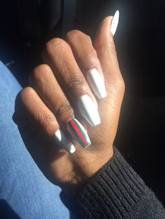 Short white coffin Gucci nails - Gucci Sunglasses - Ideas of Gucci Sunglasses - Short white coffin Gucci nails Glam Nails, Red Nails, White Nails, Coffin Nails, Acrylic Nails, Acrylics, Gorgeous Nails, Pretty Nails, Nails Kylie Jenner