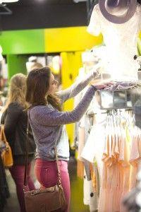 Tips on shopping local when traveling. ASPEN CREEK TRAVEL - karen@aspencreektravel.com