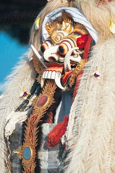 Mask of Rangda, the Evil Witch, Bali by Alexander Grabchilev - Bali - Stocksy United Barong Bali, Cultural Dance, Mask Dance, Islamic Cartoon, Evil Witch, Indonesian Art, Masks Art, World Cultures, Asian Art