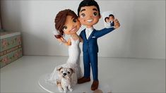 Custom wedding cake topper with pet Fully personalized wedding cake topper & keepsake Funny Wedding Cake Toppers, Personalized Wedding Cake Toppers, Cake Topper Wedding, Wedding Cake Designs, Wedding Themes, Wedding Couples, Wedding Shot, Wedding Music, Wedding Reception