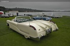 1953 Buick Wildcat - not a Chevy, but we are digging the look