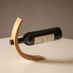 Illusion bamboo wine bottle holder