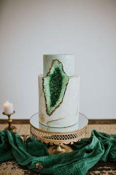 green geode wedding cake