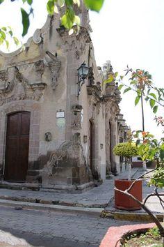OMG! i remember walking around Casa de los perros, Apaseo el Grande, Gto.